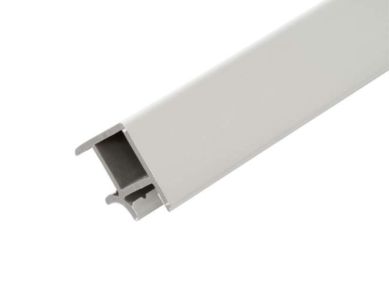 Cоединитель 90° кухонного цоколя ALPHALUX(внешн./внутр.), L=0.66м, белый глянцевый, пластик. ALF0500.35