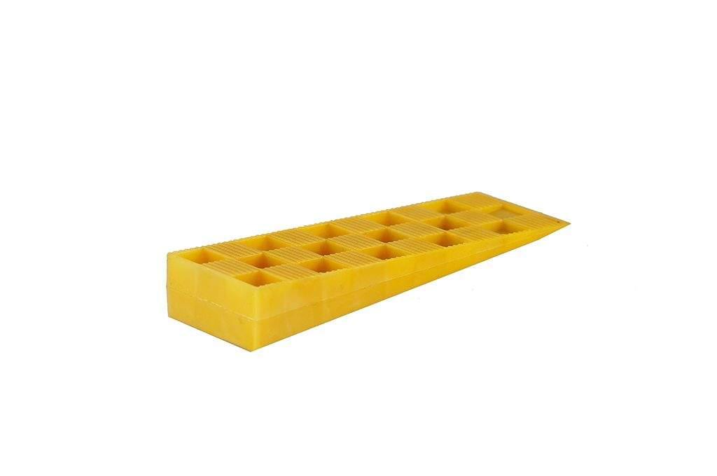 Клин монтажный Bauset 143х43х22 желтый