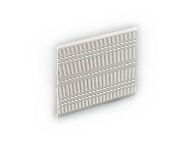Алюминиевая  торцовочная планка 3х70 мм серебристая, 2 м